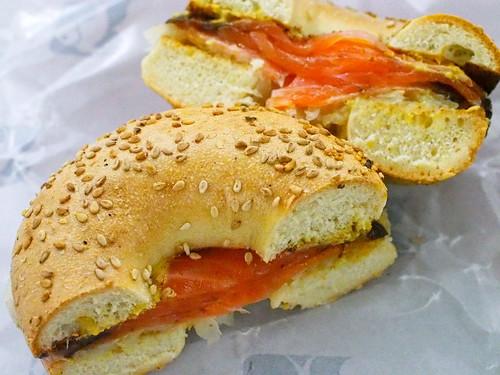 Russ & Daughtersのサンドイッチ