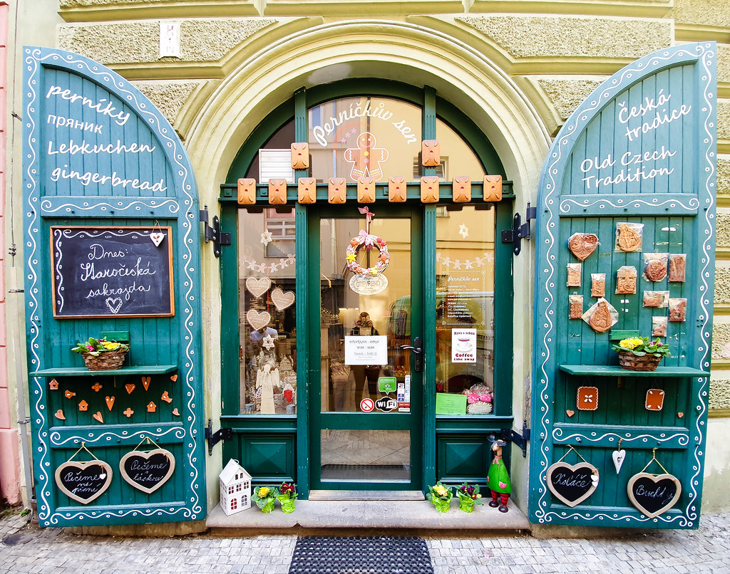 The facade of a gingerbread shop in Prague
