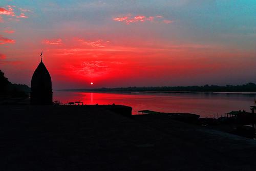 Sunset at Maheshwar Ghat