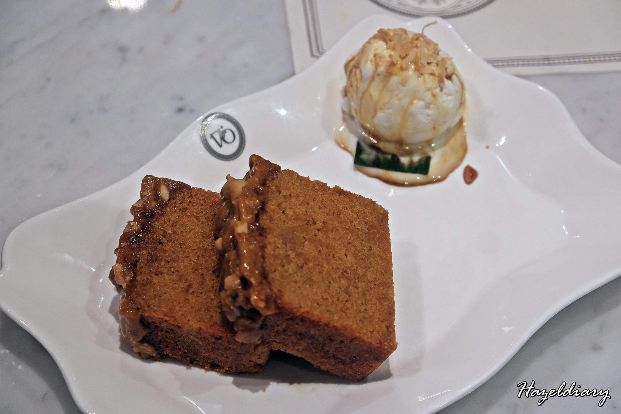 Violet Onn Jewel Changi Airport-GuLa Melaka Cake