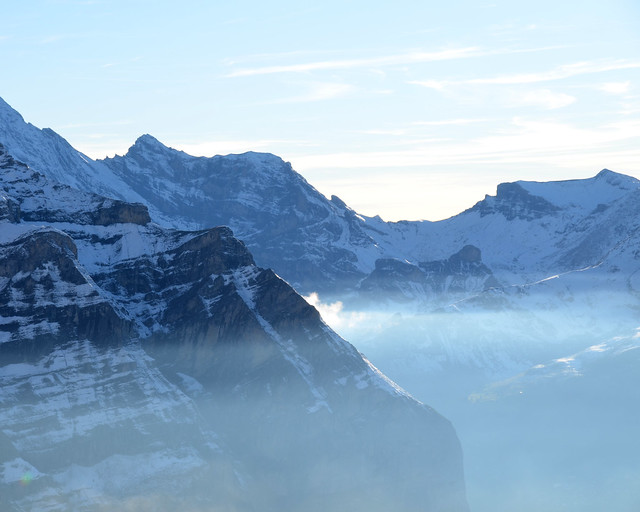 Vistas de los alpes desde el Jungfraubahn