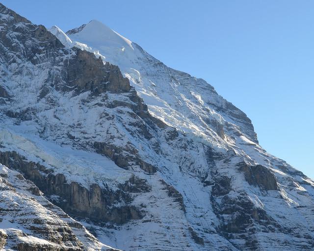 Monte Jungfrau desde la ventana del tren