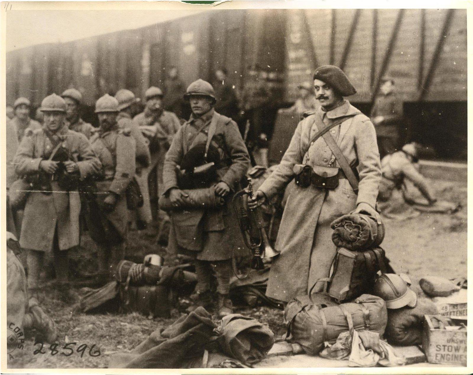 Обозерская. Французский отряд ждет отправки на фронт