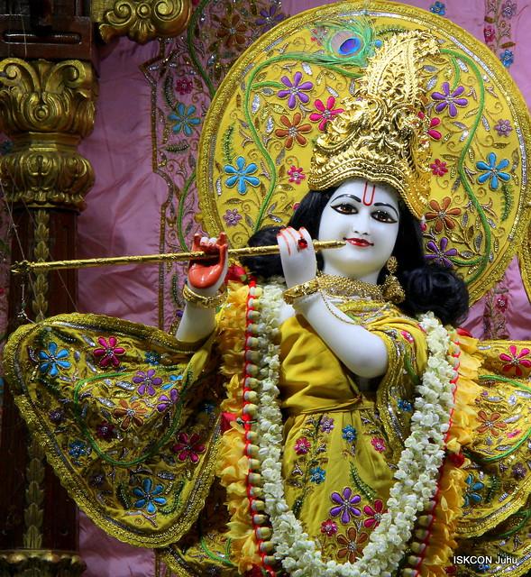 ISKCON Juhu Mangal Deity Darshan on 8th May 2019