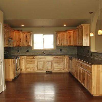 Assembled Hickory Kitchen Cabinets 4 844 Knotty Hickory Flickr