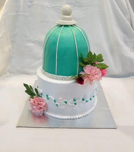 Cake by Baker's Hub