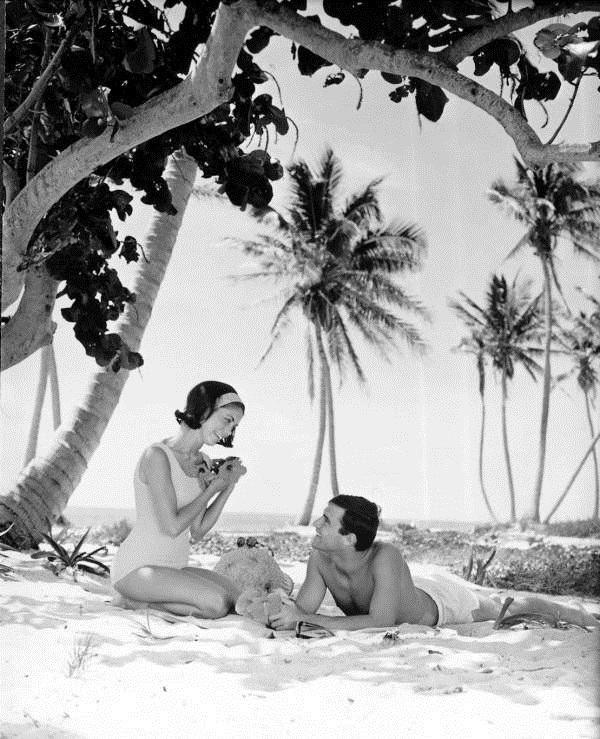 Couple at the beach - Florida