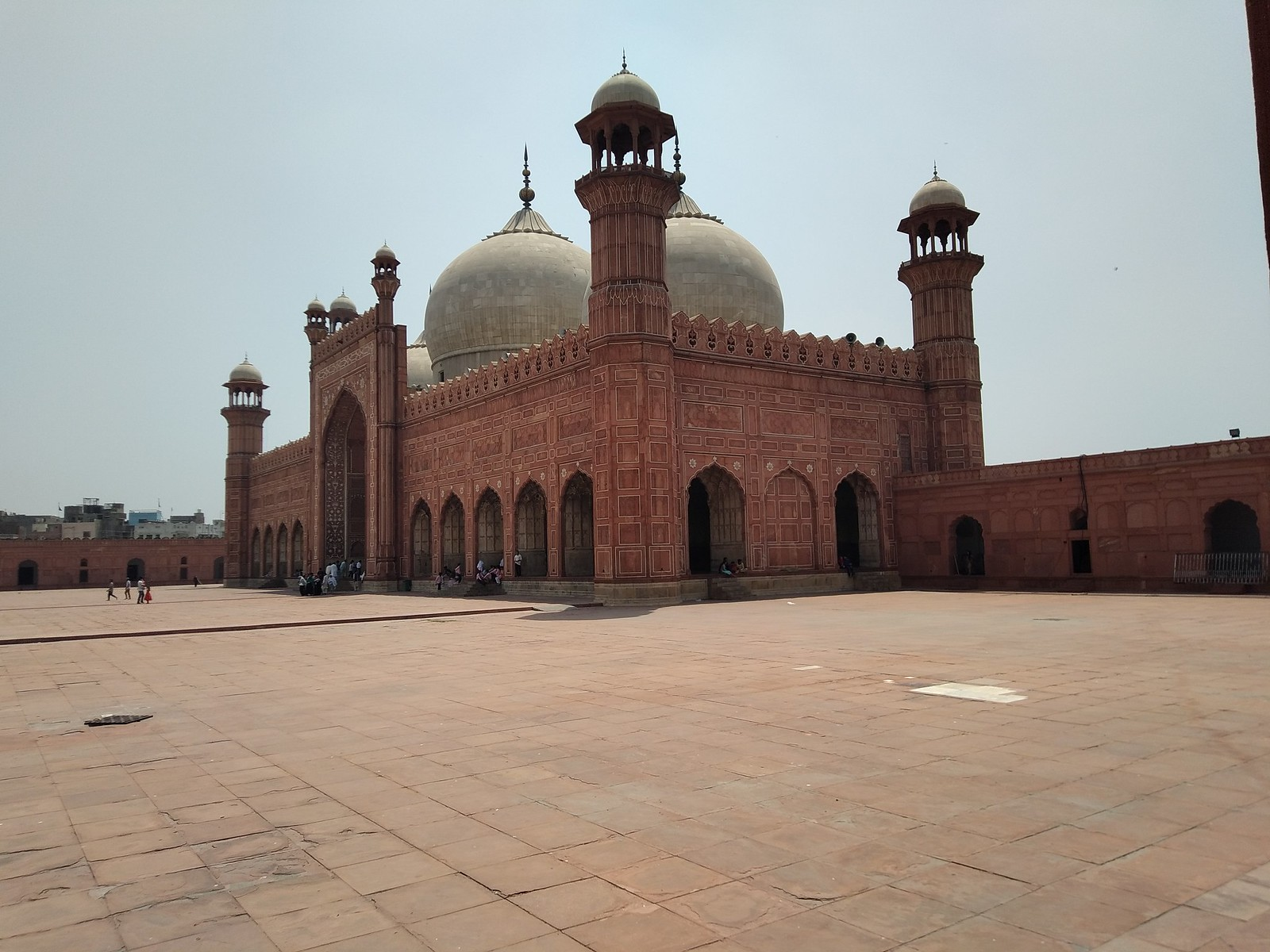 Badshahi Mosque Picture with HDR mode on oppo A3s