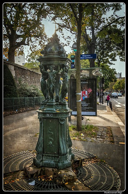 Paris_Boulevard de Ménilmontant_Wallace fountain_20e Arrondissement de Paris