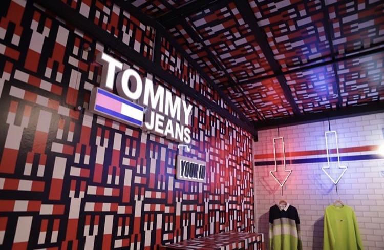 4fe523dd1 Outra novidade é a abertura em outubro do ano passado da primeira loja  DOUBLE BRAND da TOMMY HILFIGER e da CALVIN KLEIN no Brasil, na região  administrativa ...
