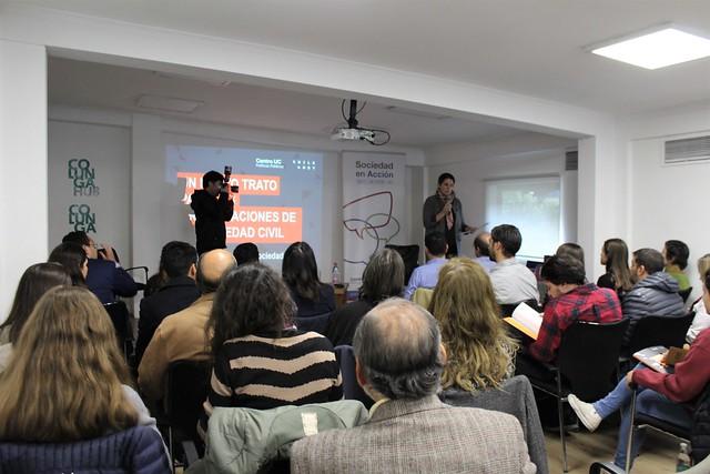 Charla Centro de Políticas UC en Colunga