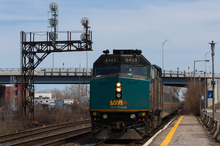 VIA Rail train 635 with F40PH-2 6405 as the power is heading west for Ottawa, arriving at Dorval Station, Quebec.
