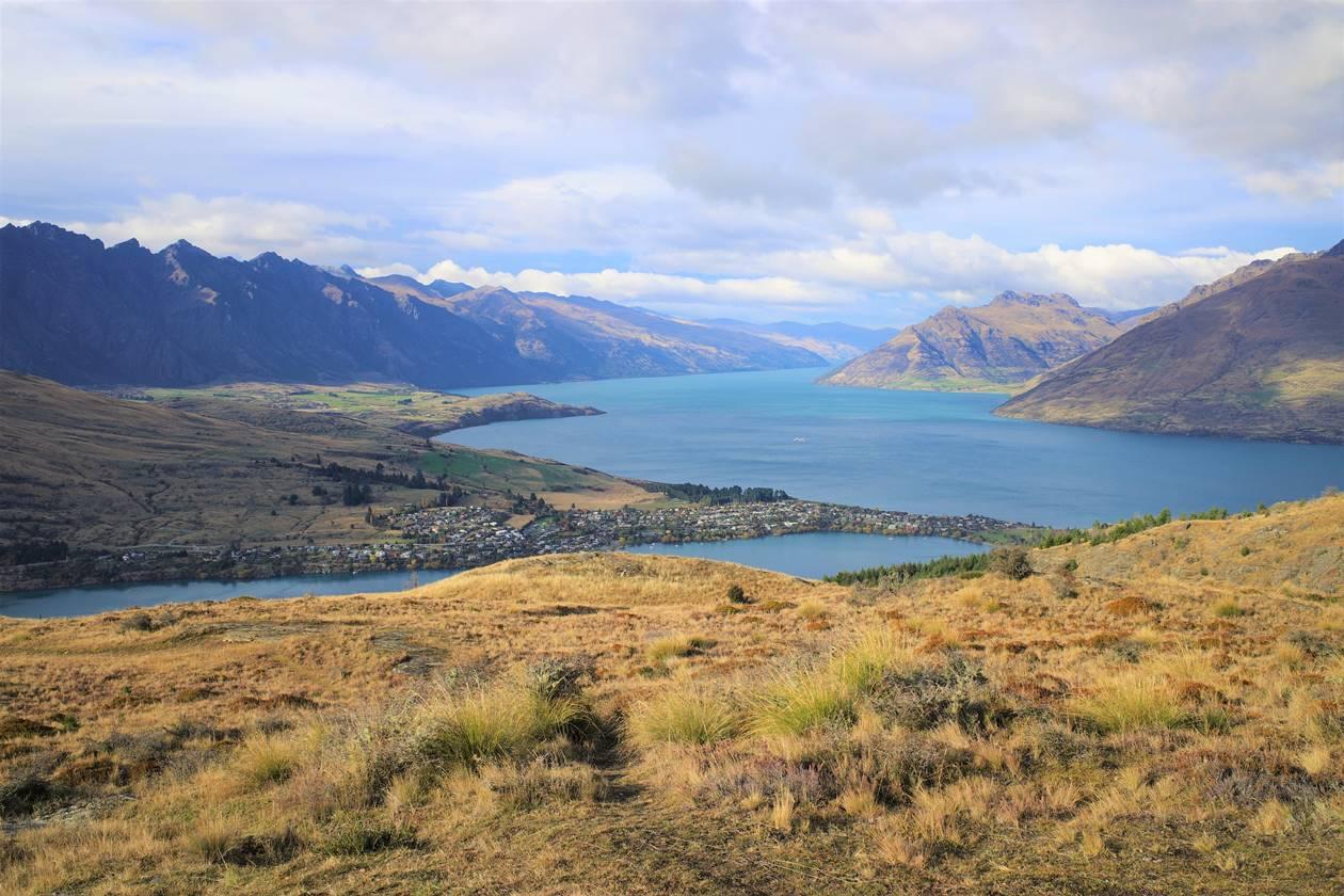 ニュージーランド クイーンズタウン・ワカティプ湖