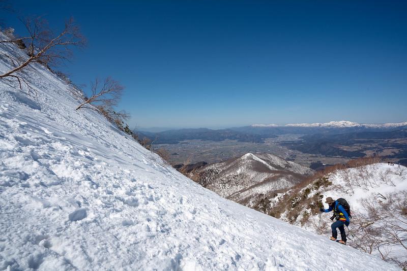 荒島岳の雪の斜面