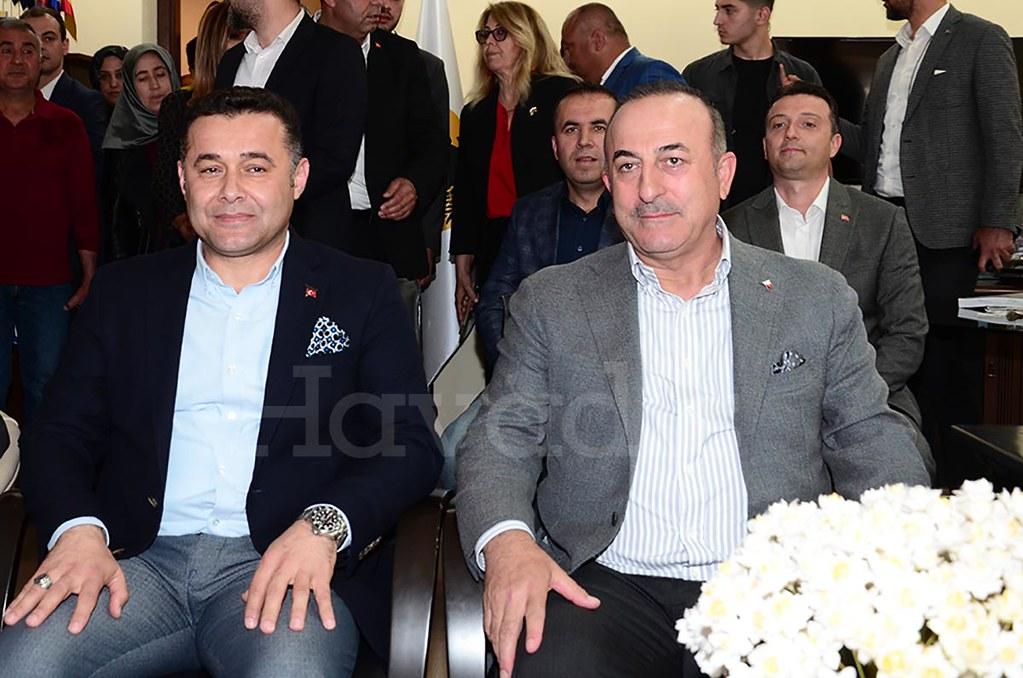 Adem Murat Yücel, Mevlüt Çavuşoğlu