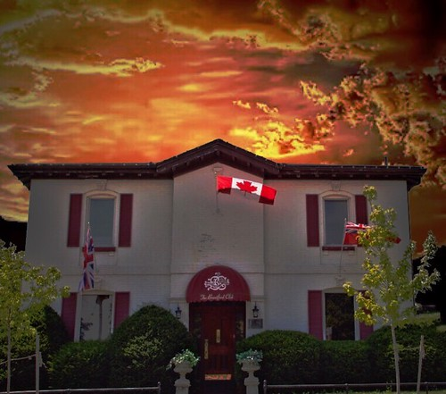 brantcounty brantfordclub brantford on ont ontario canada vintage heritage canadian flag privae 98 george st street mansion residence dr john young brown 19898 100yearsold sunset golden banker publish barrister lawyer socialclub historic onasill architecture style italianate