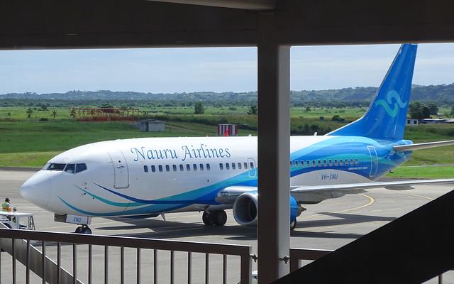 Nauru Airlines Boeing 737-319 VH-XNU
