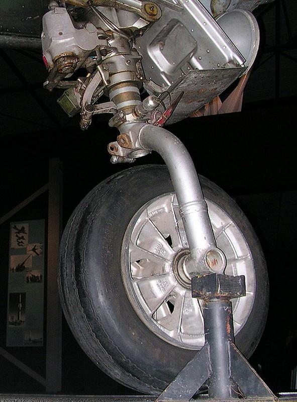 F-86K Sabre Dog 00002