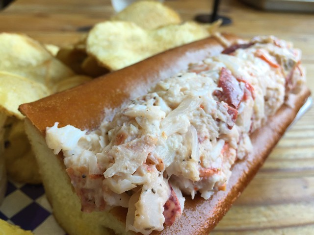 Lobster Roll - Dressed