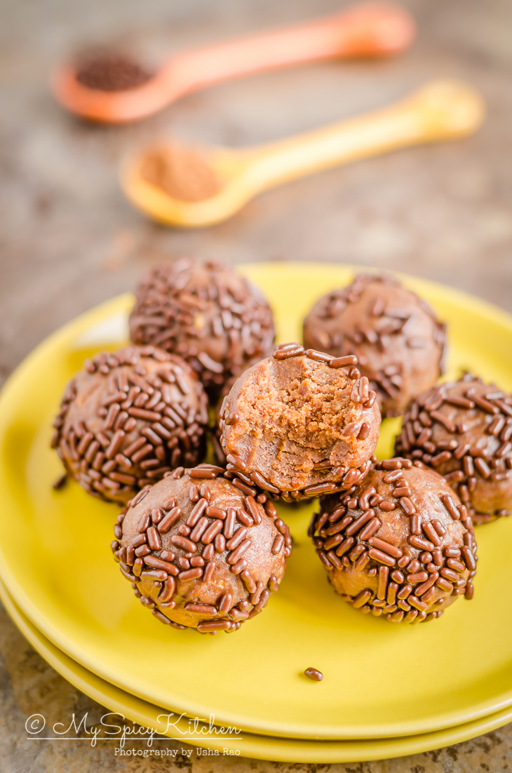 Danish rum balls