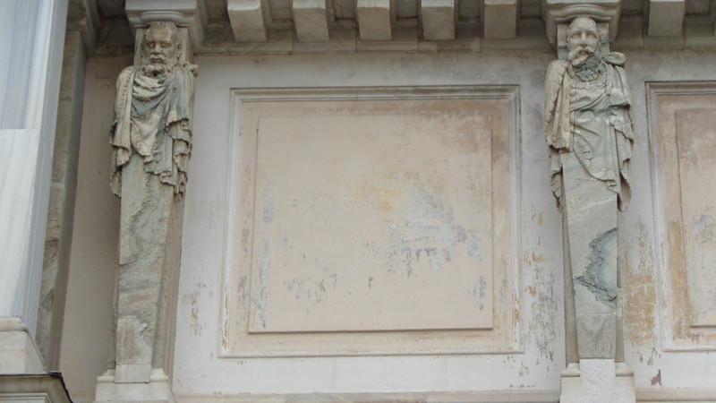 041-арка между дворами (деталь)