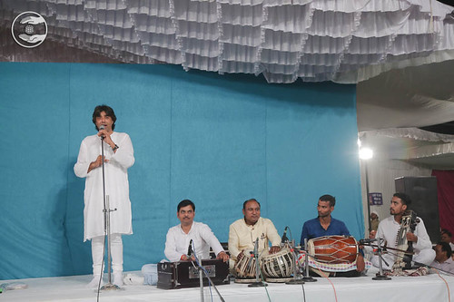 Devotional song by Mohan Chhabra from Kanpur UP