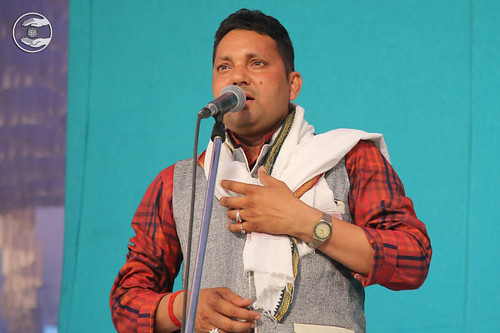 Bhojpuri devotional song by Surinder Yadav from Sultanpur UP