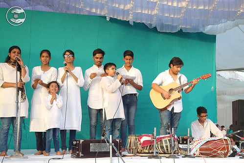 Devotional song by Daksh and Saathi from Lucknow UP