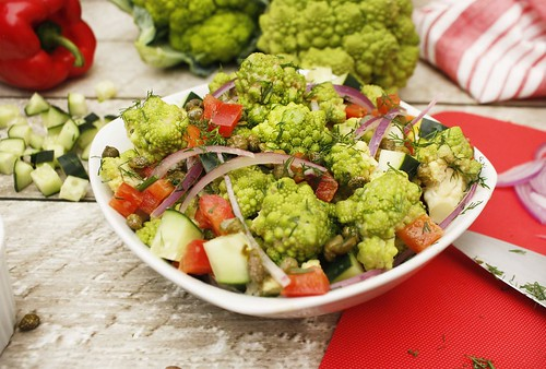Refreshing-Romanesco-Salad-FFTY