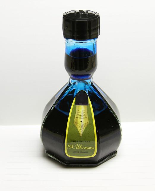 P.W Akkerman Trêves Turquoise Ink 9