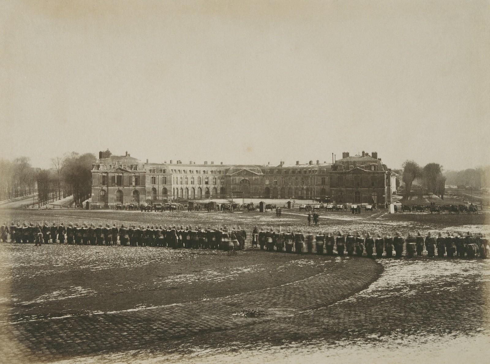 13. 1871. Парад прусских войск в пригороде Сен-Клу после оккупации Парижа во время франко-прусской войны 17 февраля