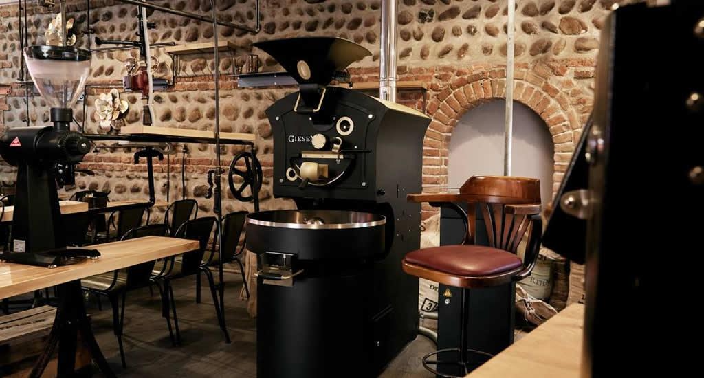 Steampower, koffie drinken in Verona | Mooistestedentrips.nl
