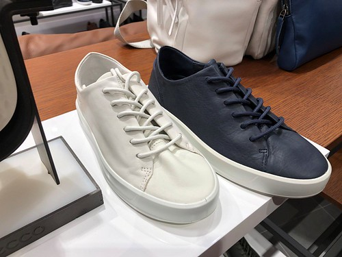 Ecco Elements Prime Store Grand Opening 06
