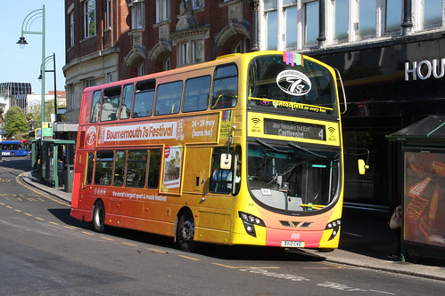 Yellow Buses 125 BX12CVO