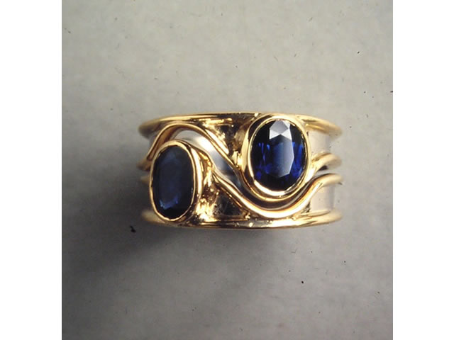 Two rings to fit together sapphire & 18 carat gold
