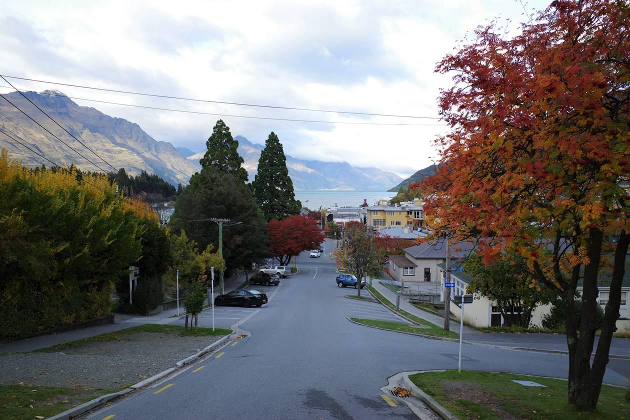 ニュージーランド クイーンズタウンの街並み