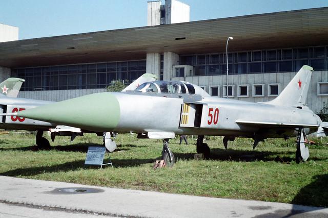 50 Red Sukhoi Su-15UT