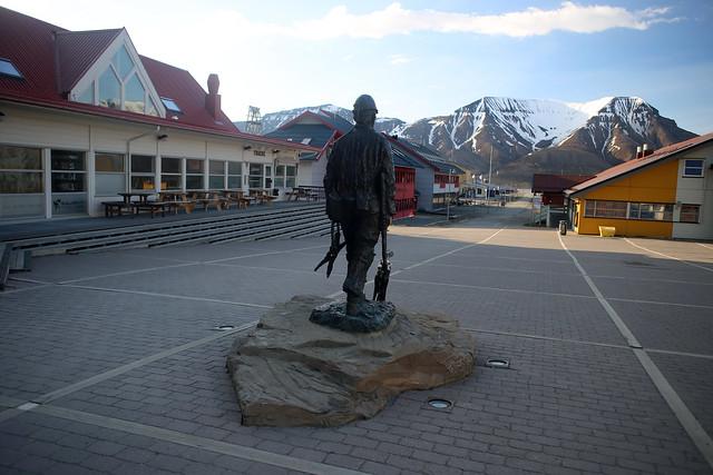 The Unknown Miner, Longyearbyen