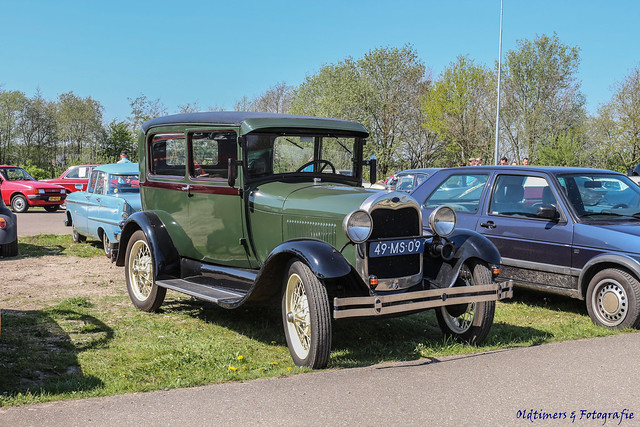 1929 Ford A - 49-MS-09