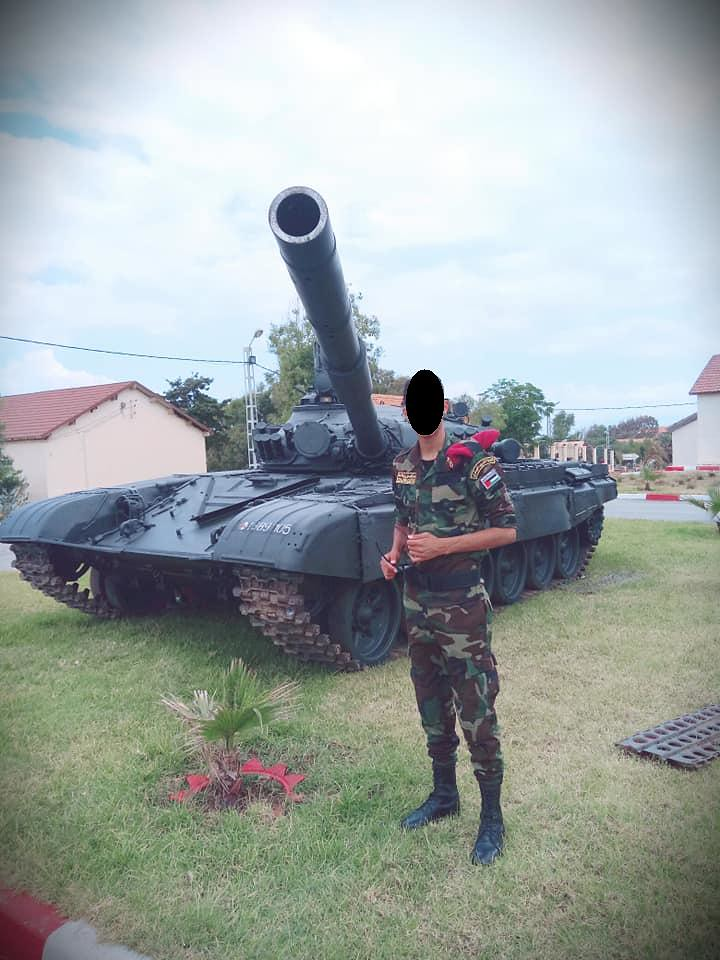صور دبابات قتال رئيسية الجزائرية T-72M/M1/B/BK/AG/S ] Main Battle Tank Algerian ]   - صفحة 4 47080205174_59a3fdca10_b