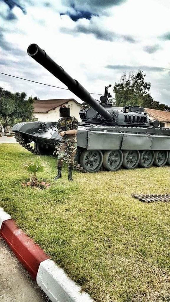صور دبابات قتال رئيسية الجزائرية T-72M/M1/B/BK/AG/S ] Main Battle Tank Algerian ]   - صفحة 4 47080208164_4242b990f3_b