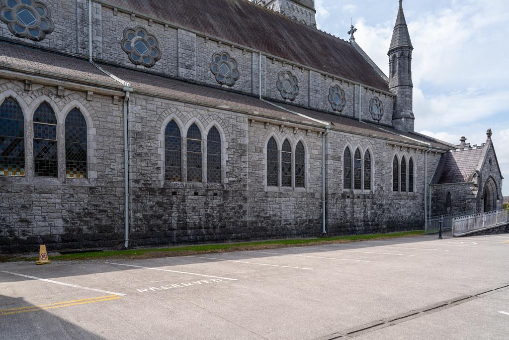 HOLY ROSARY ROMAN CATHOLIC CHURCH 008