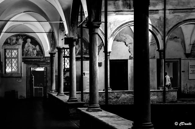 Si fa sera nel Chiostro di Sant'Agostino