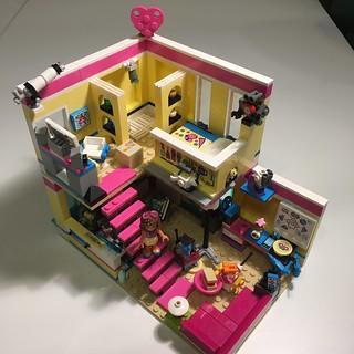 Olivia's studio apartment