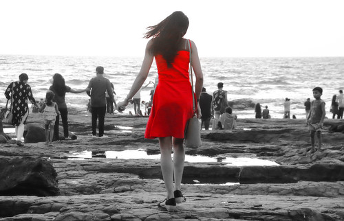debmalyamukherjee canon550d 18135 ladyinred bandra bandstand mumbai sunset candid lady girl woman red arabiansea