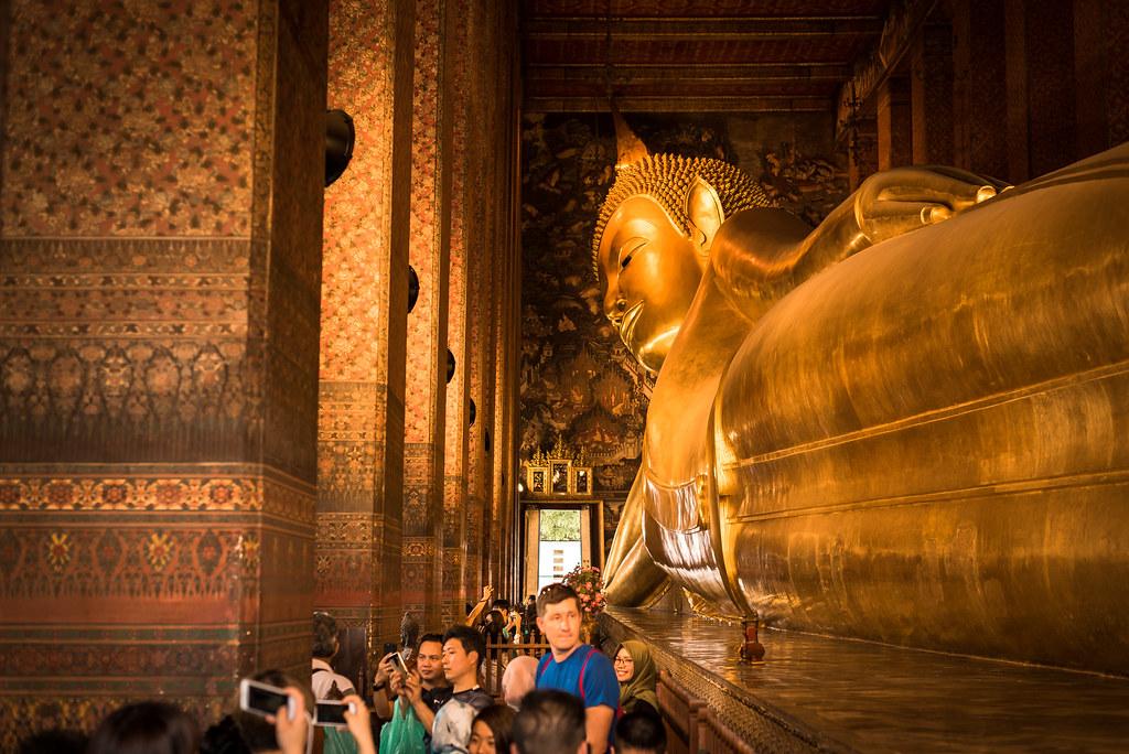 Le Wat Poh et ses 40m de long