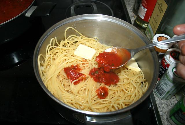 37 - Etwas Marinara hinzufügen / Add some marinara
