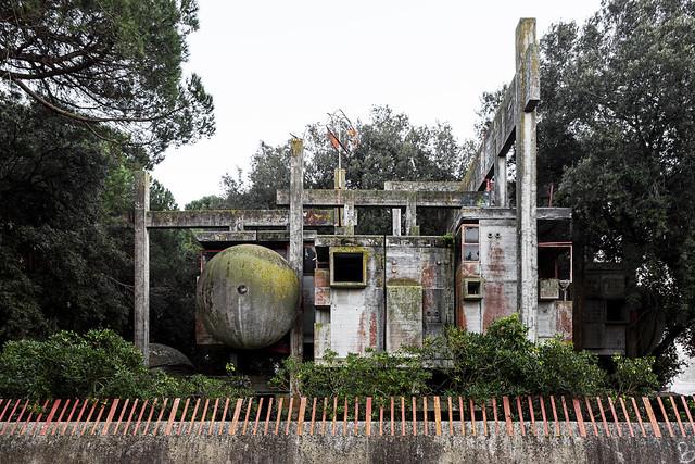 Experimental House.