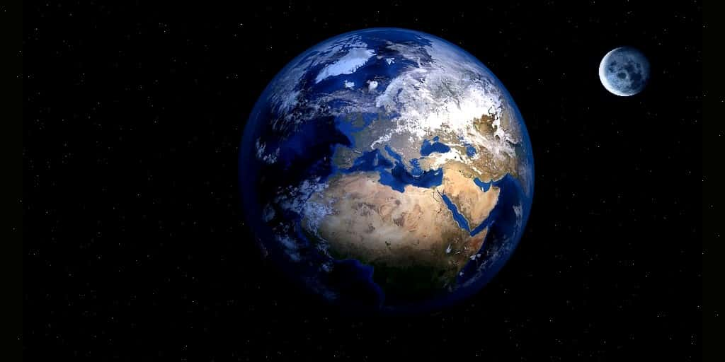 Collapsars et autres théories sur la formation Terre-Lune