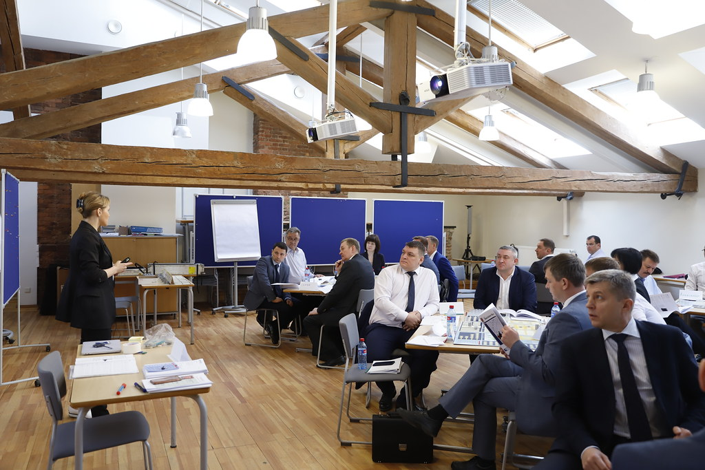 17 мая завершилась программа повышения квалификации «Университет генерального директора. Ступень 2» для ПАО «НК «Роснефть»